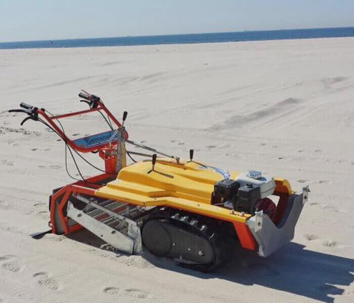 Beach cleaning services